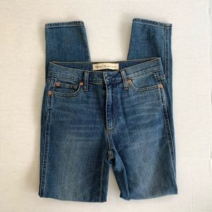 Gap True Skinny High Rise Jeans